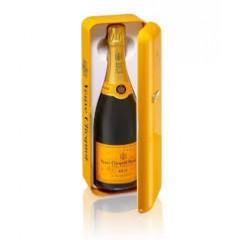 Veuve Clicquot в кутия-Хладилник