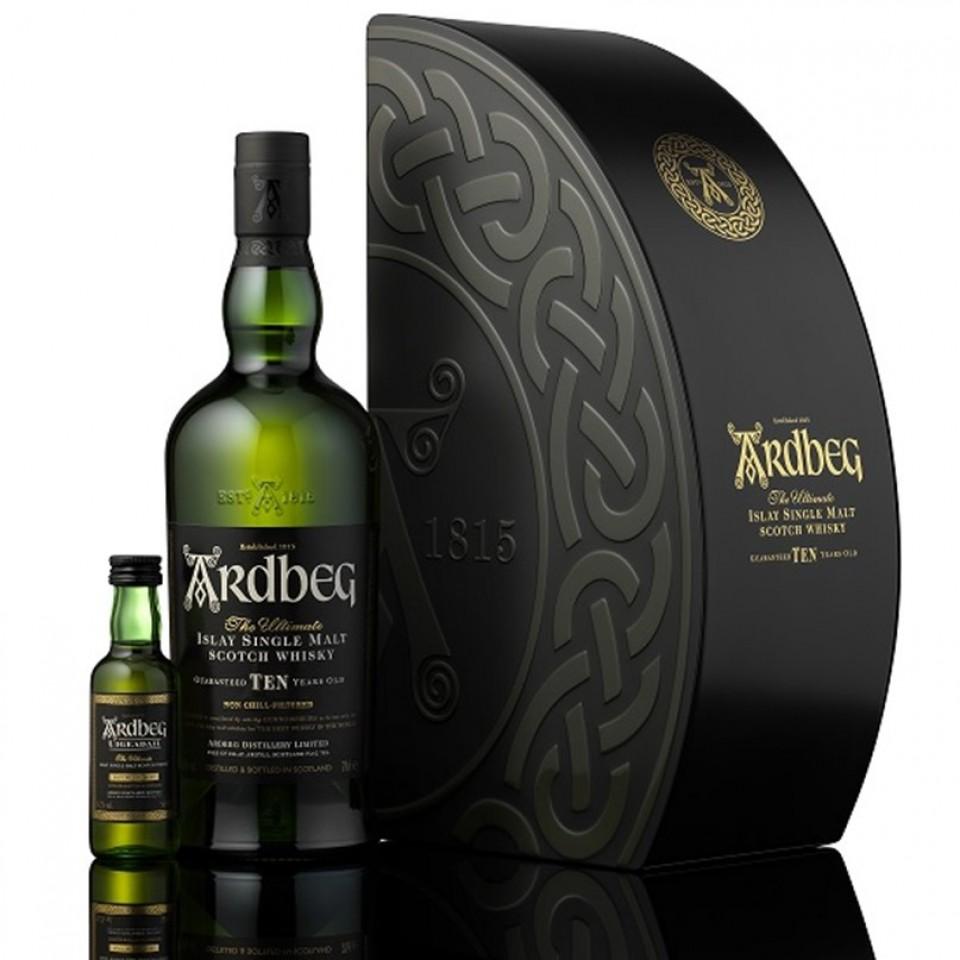 Ardbeg Quadrant 2016  Съдържа 1 бутилка Ardbeg Ten 0.70l + 50 ml Ardbeg Uigeadail